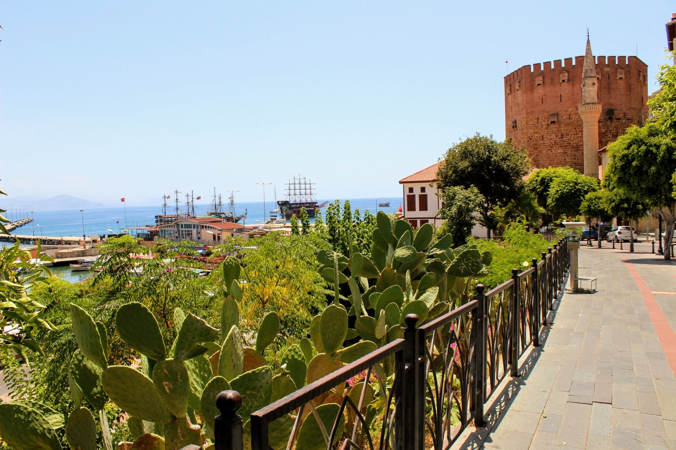 Alanya%20home%20slide_2